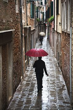 Alley Umbrellas, Venice by Nick Zungoli