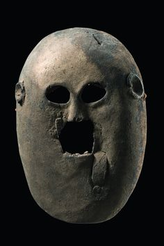Expressive mask with anthropomorphic features