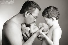 Cute! big brother, little brother & daddy picture <3