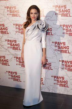 20 vestidos blancos de alfombra roja perfectos para pasar por el altar: Angelina Jolie de Ralph & Russo.