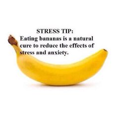 Stress tip; eating bananas is a natural cure to reduce the effects of stress and anxiety Health And Nutrition, Health And Wellness, Health Fitness, Mental Health, Health Facts, Health Care, Stress Less, Stress And Anxiety, Anxiety Relief