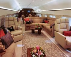 Charter A Private Business Airliner with evojets. Browse available aircraft, learn about private jet charter, and book your next flight with evoJets! Jets Privés De Luxe, Luxury Jets, Luxury Private Jets, Private Plane, Avion Jet, Dassault Falcon 7x, Boeing Business Jet, Airplane Interior, Jet Privé