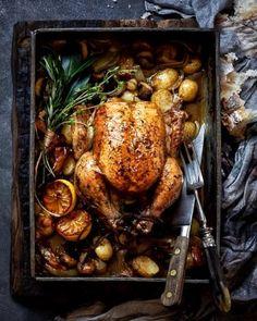 Buckwheat blinis with beetroot pâté and salmon ribbons Best Lamb Shank Recipe, Salted Caramel Fudge, Salted Caramels, Gluten Free Chilli, Roast Recipes, Oven Recipes, Slow Roast Lamb, Tomato Jam, Roasting Tins