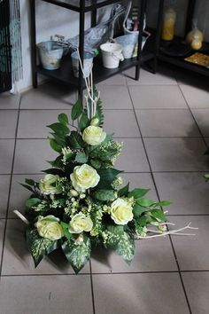 Grave Flowers, Altar Flowers, Cemetery Flowers, Church Flowers, Funeral Flowers, Arte Floral, Deco Floral, Grave Decorations, Flower Decorations