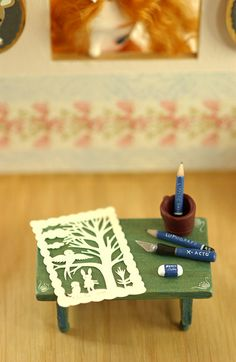 tiny papercut by Elsita