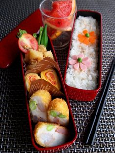 Flower on Rice Japanese Bento Lunch|弁当