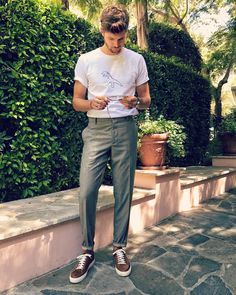 Feelin' today's look - t-shirt @ragandbone, trousers @armani, trainers @brunellocucinelli