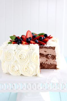 Sweet Cakes, Yummy Cakes, Bon Appetit, Vanilla Cake, Cake Recipes, Good Food, Goodies, Strawberry, Food And Drink