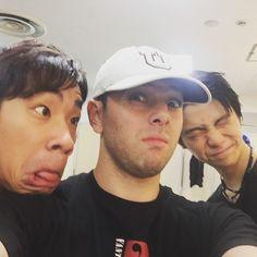Goofing off before the show with Yuzuru Hanyu and Nabunari Oda #fantasyonice15 #japan #iceskating @nobutaro1001