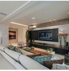 Sala de TV!  #arte #apartamento #sala #integração #sacada #varanda #espelho #reforma #reformar #reformando #ap #apto #meuap #cozinha #sofa #mesa #look #lookdodia #amo #amei #arquitetura #amor #amando #apaixonada #apaixonado #morar #casar #casando