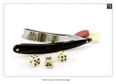 Vintage Straight Razors : Wade & Butcher : Adamantine Edge : Wedge : Gray Translucent Horn