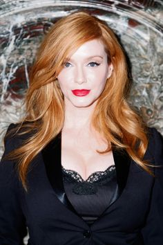 Christina Hendricks Photos - Marchesa - Front Row - Spring 2016 New York Fashion Week - Zimbio