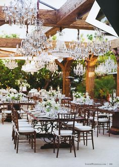Love this outdoor wedding idea!
