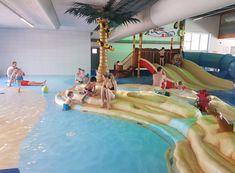 Subtropisch zwembad Nederland; Lijst leuke zwemparadijzen, grote zwembaden en waterparken met kinderen per provincie. - Mamaliefde.nl