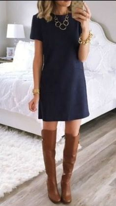 Take a look at 15 ways to wear a navy dress outfit and what accessories to choose in the photos below and get ideas for your own amazing outfits! A scalloped navy shift dress styled for an all day look with… Continue Reading → Looks Chic, Looks Style, Mode Outfits, Fashion Outfits, Womens Fashion, Dress Fashion, Fashion Styles, Fashion Trends, Navy Dress Outfits