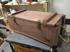 The Effective Pictures We Offer You About shipping crates repurposed A quality picture can Wooden Crate Coffee Table, Crate Desk, Crate Bench, Crate Seats, Crate Table, Crate Furniture, Pallet Shelves Diy, Solid Wood Shelves, Wire Dog Crates