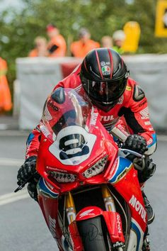 Guy Martin 8 British Motorcycle Racer Poster TV Grand Prix Sport Motor Passion
