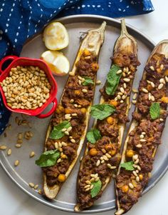 Middle Eastern Stuffed Eggplant, a healthy and easy recipe that looks so pretty!