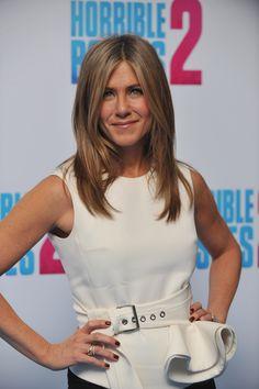 Jennifer Aniston – 2014-11-13 – 'Horrible Bosses 2′ photocall in London (no. 5681)