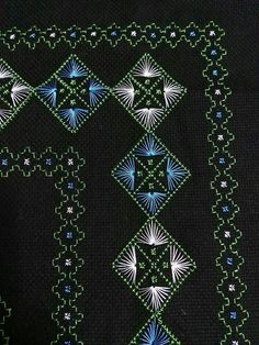 This Pin was discovered by HUZ Swedish Embroidery, Embroidery Works, Embroidery Needles, Hand Embroidery, Cross Stitch Patterns, Quilt Patterns, Swedish Weaving Patterns, Border Embroidery Designs, Monks Cloth