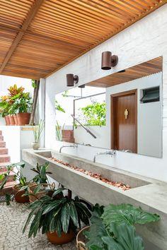 Toilet Restaurant, Restaurant Bathroom, Outdoor Cafe, Outdoor Restaurant, Restaurant Interior Design, Bathroom Interior Design, Cubicle Design, Outdoor Toilet, Restroom Design