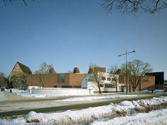 Lohja Main Library, Lohja, Finland - Lahdelma & Mahlamäki Architects Red Brick Walls, Main Library, Red Bricks, Public Service, Helsinki, Finland, Architects, Amp, Building