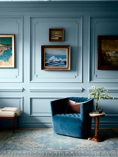50 Ideas Wall Blue Paint Interior Design For 2019 January Wallpaper, Famous Art Pieces, Interior Paint, Interior Design, Sweet Home, Home Selling Tips, Antique Items, Home Accents, Architecture