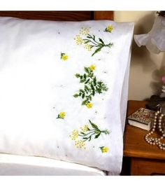 Stitch lovely handmade pillow covers using the Tobin Stamped X-Stitch Pillowcase Pairs 21 x 28 Set of You can mix and match these pillowcases with your dresser scarves, drapes, bed skirts and Brazilian Embroidery Stitches, Types Of Embroidery, Japanese Embroidery, Vintage Embroidery, Embroidery Patterns, Hand Embroidery, Machine Embroidery, Handmade Pillow Covers, Personalized Pillow Cases