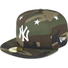 NEW ERA 59Fifty new york yankees fitted cap ($47) ❤ liked on Polyvore featuring men's fashion, men's accessories, men's hats, woodland camo, mens fitted hats, mens camo hats and mens caps and hats