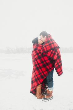 Red & Black Plaid Blanket, Winter Engagement Photos // wrapped in love