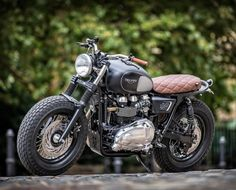 Dutchs-Triumph-3-700x467 Down & out cafe racers