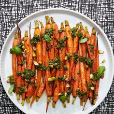 3-Ingredient Roasted Carrots with Pistachio Pesto - the mini-chop food processor lacks a spout, so the oil didn't emulsify in. Hubby still enjoyed, worth trying again.