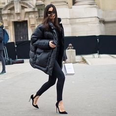 chic street style inspiration for young women, trendy street style inspiration for women Looks Street Style, Looks Style, Style Me, Style Noir, Mode Style, Fall Winter Outfits, Autumn Winter Fashion, Mode Ootd, Winter Stil