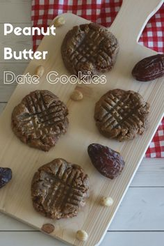 With just peanut butter, Organic Medjool Dates, vanilla & egg, these 4 ingredient Peanut Butter Date Cookies are a healthier way to fulfill those sweet tooth cravings!