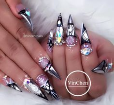 "1,933 Likes, 46 Comments - VinChen Tran (@vincentnails) on Instagram: ""Chrome and Bling all the way, and ofcouse line work, why not (Daily Charme Mirror Chrome)…"""