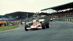Jacky Ickx (BEL) Ferrari was leading the race when he retired with transmission failure on lap British Grand Prix, Brands Hatch, 18 July BEST IMAGE Clay Regazzoni, Jackie Stewart, British Grand Prix, Ferrari F1, Photo Search, Interesting History, Cool Photos, Pilot, Ford