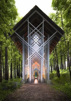 The Thorncrown Chapel in Eureka Springs, Arkansas was built by world renowned architect Fay Jones in 1981. It is designed after the Sainte Chappelle, Paris' light filled gothic chapel.
