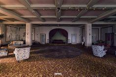 Hotel California-15 by Darmé [iLOVEyourHOME], via Flickr