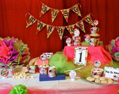 Dia de los Muertos Printable Party Decorations by StudioLongoria, $20.00