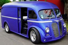 Custom '51 International Delivery Van