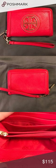 Tory Burch wristlet Poppy red TB wristlet! In great condition. Perfect for a small wallet or a night out! The poppy red is the perfect pop of color, especially for summer time! Tory Burch Bags Clutches & Wristlets