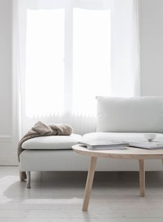 AboutThe Coffee Table Ash has a minimalistic design, which uses softer forms. The design of the coffee table is intended to allow it to be spacious but at the