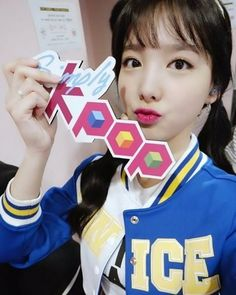 Nayeon love love love  #Nayeon #Lim_nayeon #Twice #Once #Cheer_Up #Kpop