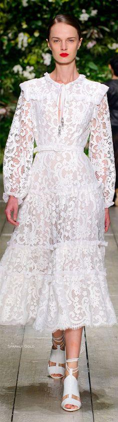 Spring 2016 Ready-to-Wear Laura Biagiotti Dress Outfits, Fashion Outfits, Womens Fashion, Fashion 2016, Summer Dresses, Formal Dresses, Lace Dresses, Bride Dresses, Wedding Dresses
