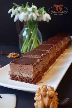 Opitý Izidor - orechovo rumový zákusok s čokoládou - Sisters Bakery Candies, Bakery, Good Food, Sisters, Sweets, Desserts, Sweet Pastries, Tailgate Desserts, Deserts