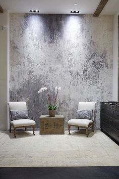 metallic interior paintBeautiful wall finish inspiration Try Artisan Enhancements Leaf