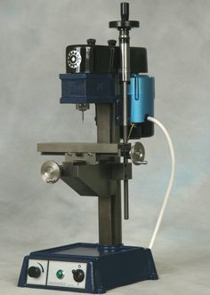 Cowells Small Machine Tools - tools to model engineers, clockmakers and professional engineers Horizontal Milling Machine, Vertical Milling Machine, Lathe Machine, Machine Tools, Small Lathe, Mini Tour, Professional Engineer, Maker Shop, Cnc Projects