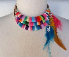 Collar - color- plumas. Precioso!!!!