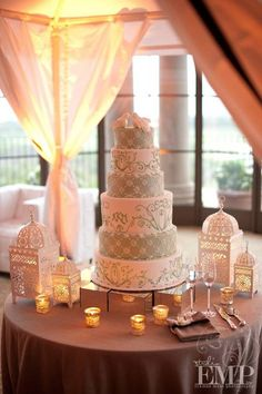Love This Cake And The Table Set Up Perfect Presentation