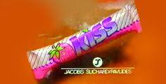 H σοκολάτα για… φίλημα Kiss με γάλα και φράουλα.